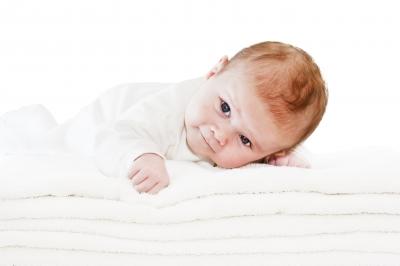 赤ちゃんの安全対策 寝返りからつたい歩きまで