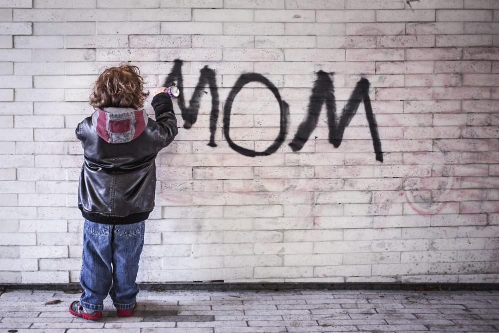 第1子出産時の母親の平均年齢は?(世界編)